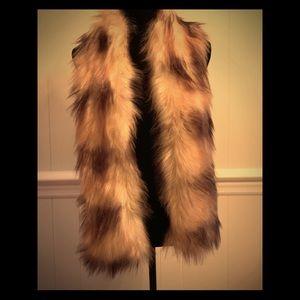 NWT- Faux Fur Collar Shawl